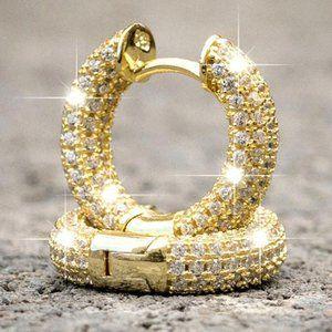 NEW 18K Gold Pave Diamond Huggie Hoop Earrings